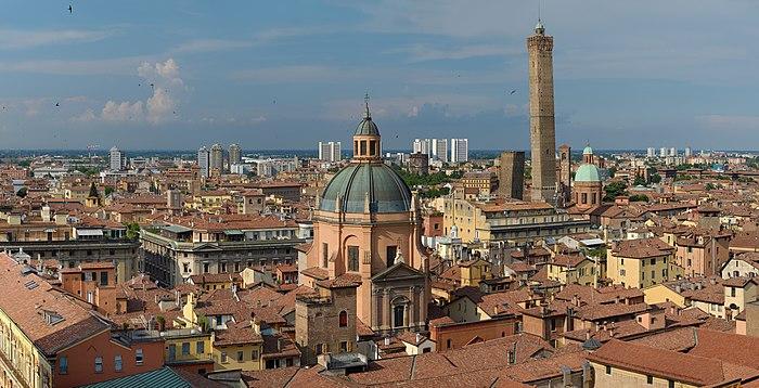 700px Bologna Panorama